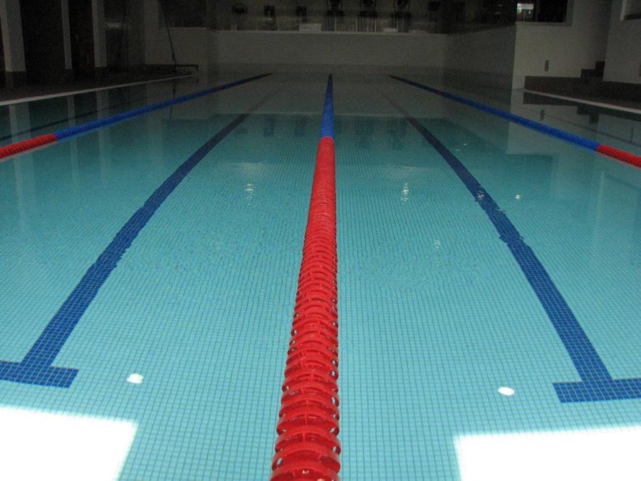Piscina semi ol mpica knoow for Metros piscina olimpica