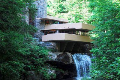 Organicismo knoow for Casa sulla cascata frank lloyd wright