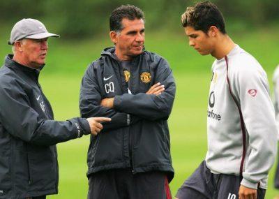 Queiroz ao lado de Ferguson e de Ronaldo