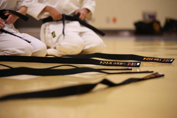 O karaté é uma arte marcial japonesa, inserida nos desportos de combate