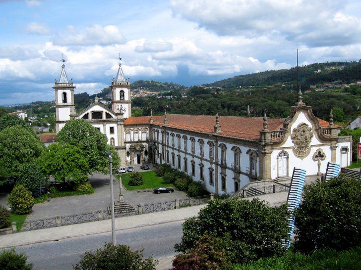 Mosteiro de Santo Tirso