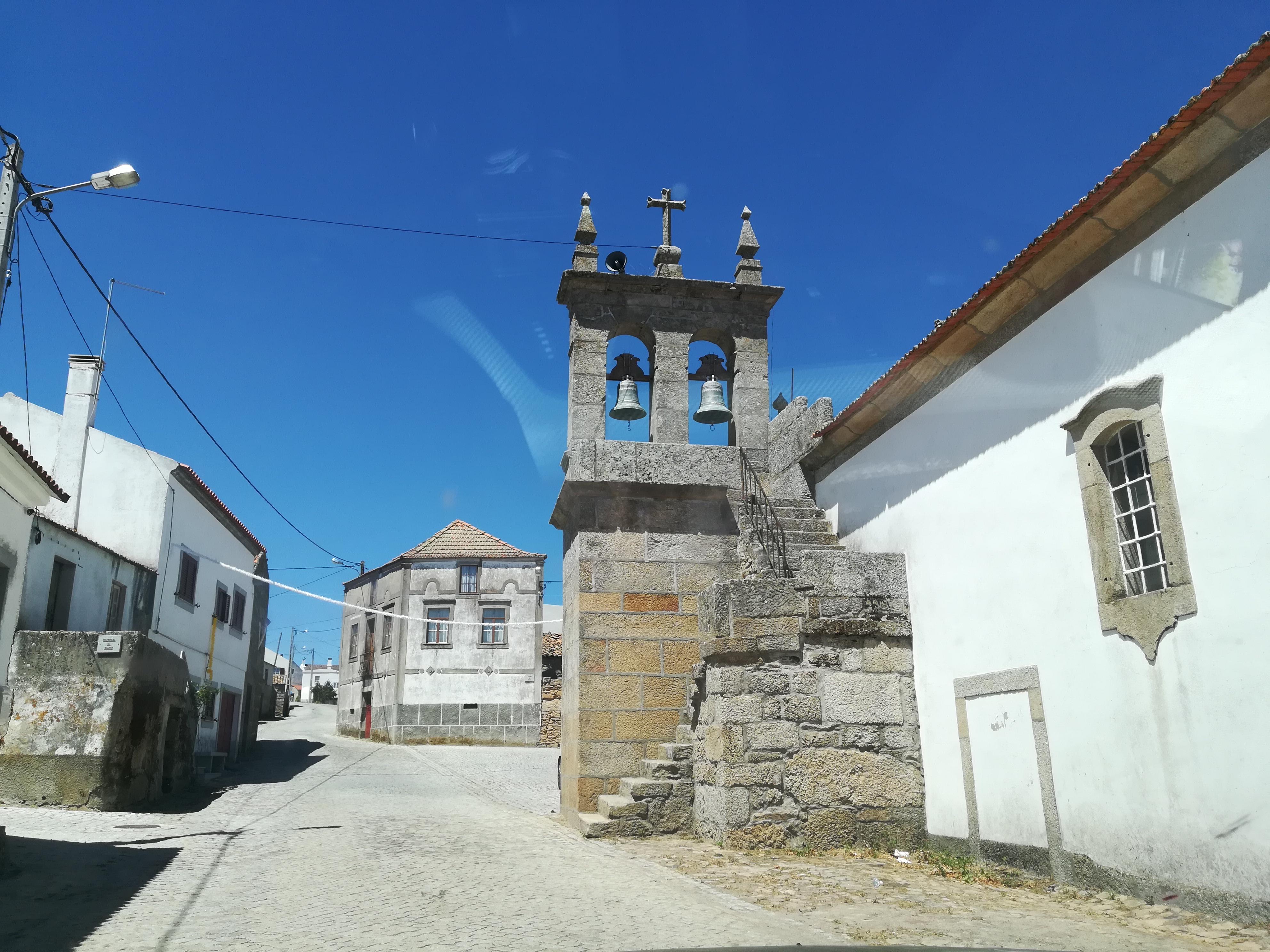 Ade - Almeida