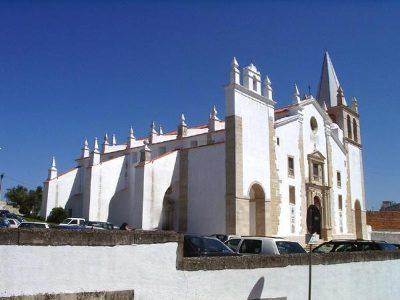 Igreja de São Vicente de Abrantes (Fonte: Sítio da Direção Geral do Património Cultural - http:// www.patrimoniocultural.pt/)