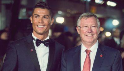Alex Ferguson na companhia de Cristiano Ronaldo