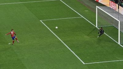 penalti-griezmann--620x349