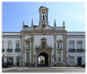 Faro - Porta da Vila