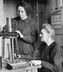 Marie Curie a trabalhar com a filha